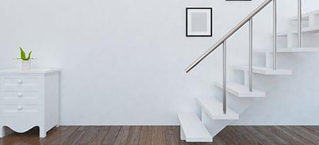 Houten en stalen trappen laten plaatsen for Huis trappen prijzen